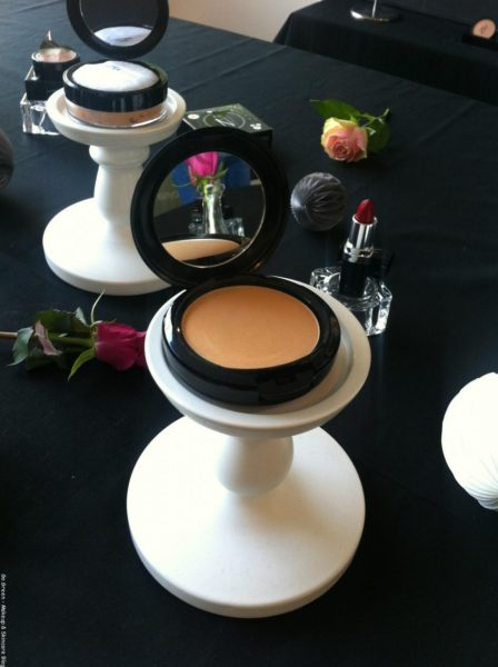 makeup event Zuii organic flora ultra powder foundation
