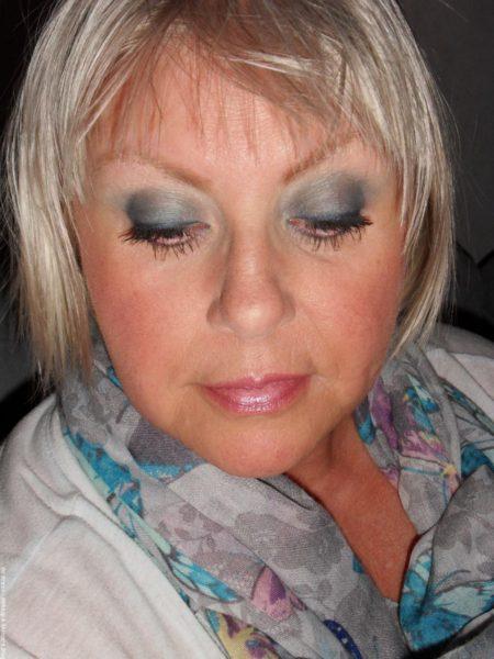 Makeup - solkysst med intensiva ögon