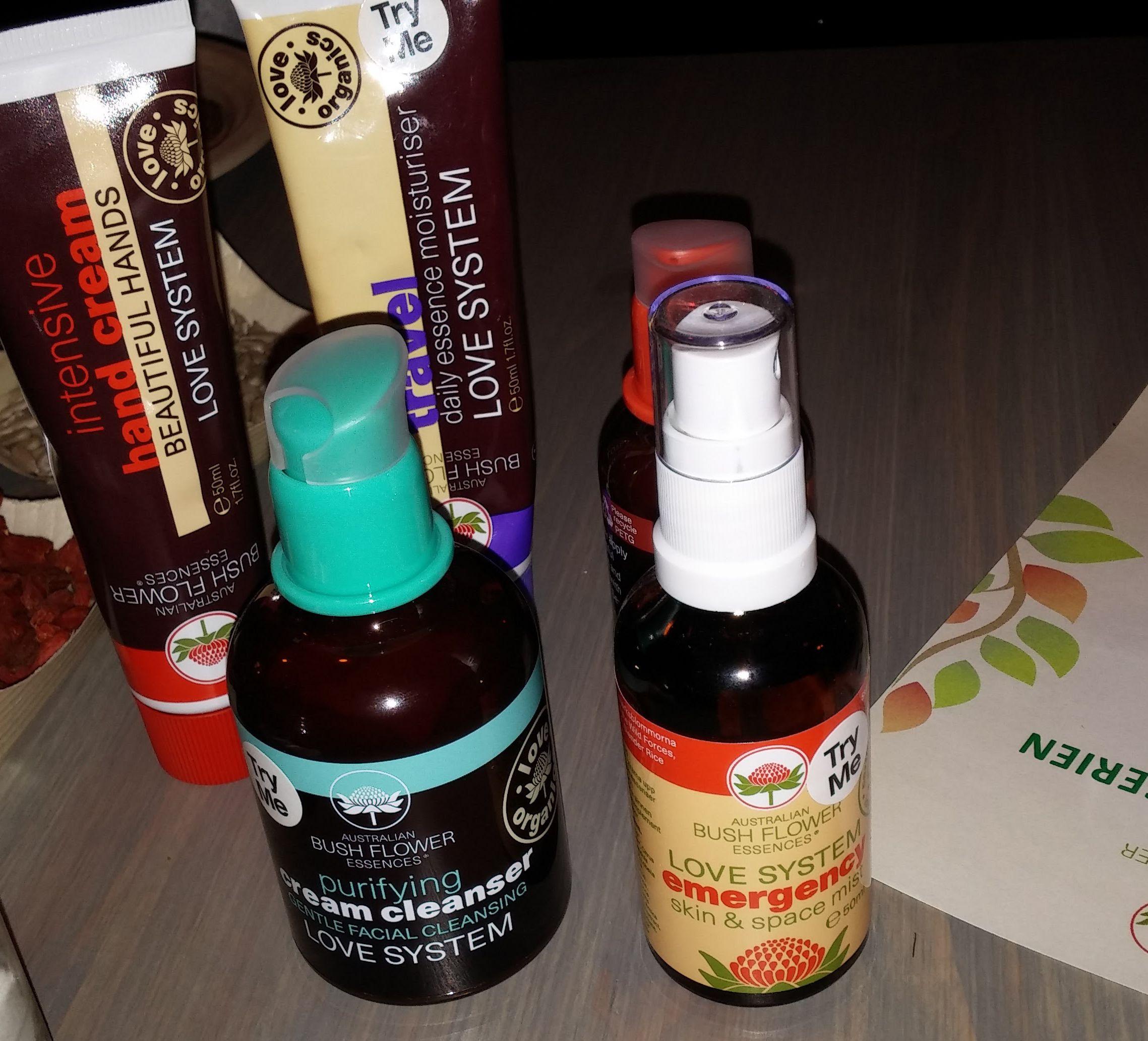 Holistic hudvård med blomessenser